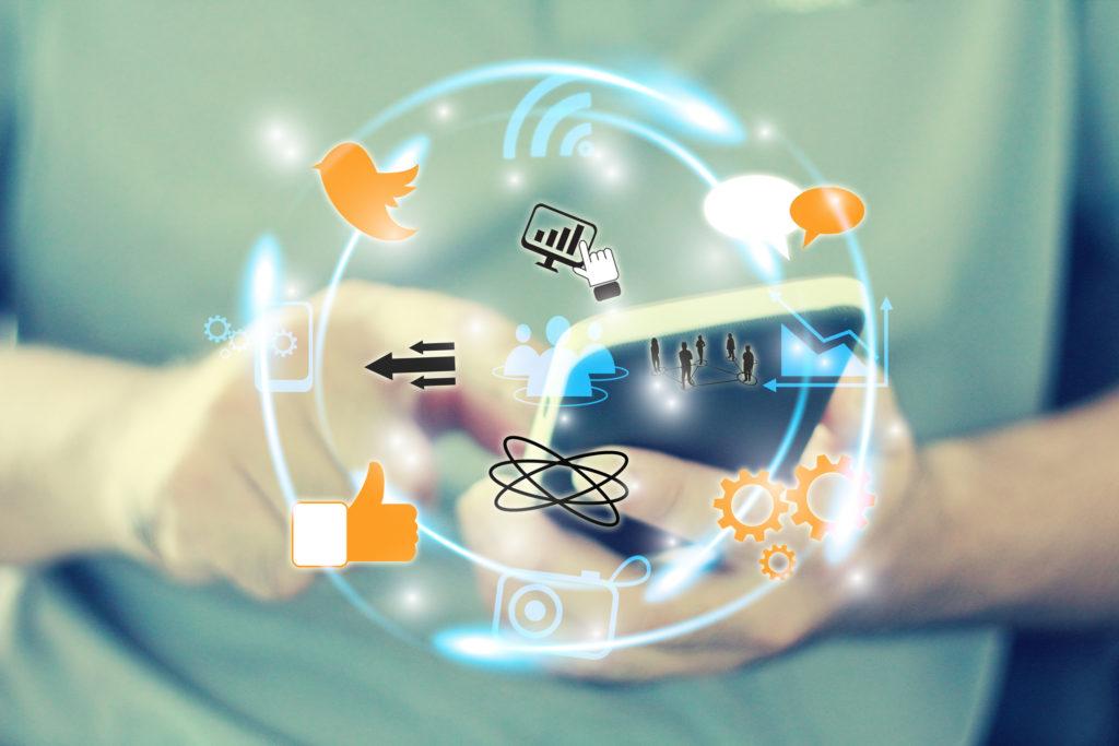 Công cụ mạng xã hội