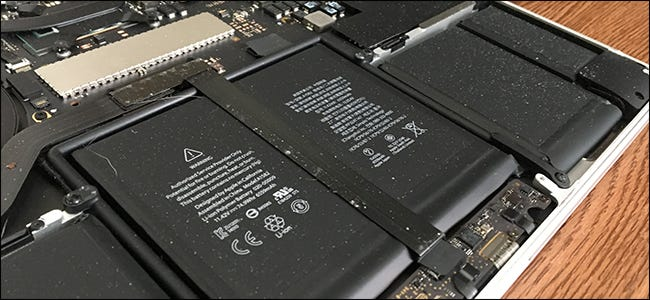 Cách làm sạch bụi khỏi MacBook của bạn